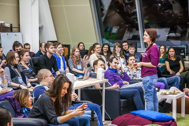 Аня Дворникова открывает 26-ю деИТологию в Improve Group