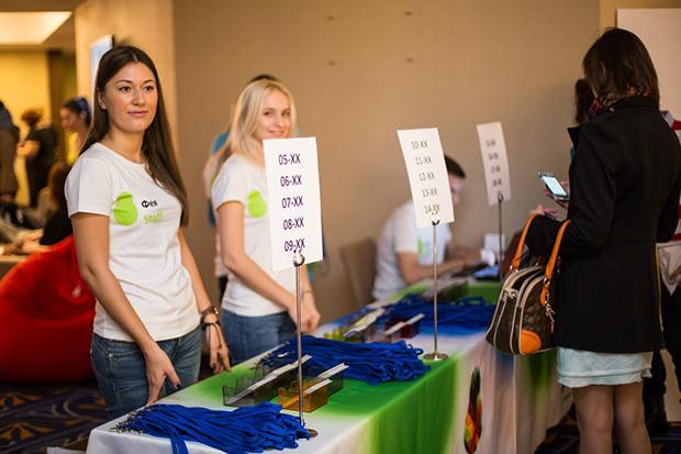 Пример оптимизации стойки регистрации на конференции Груша 2015 (Фото: официальная группа Груши в vk)