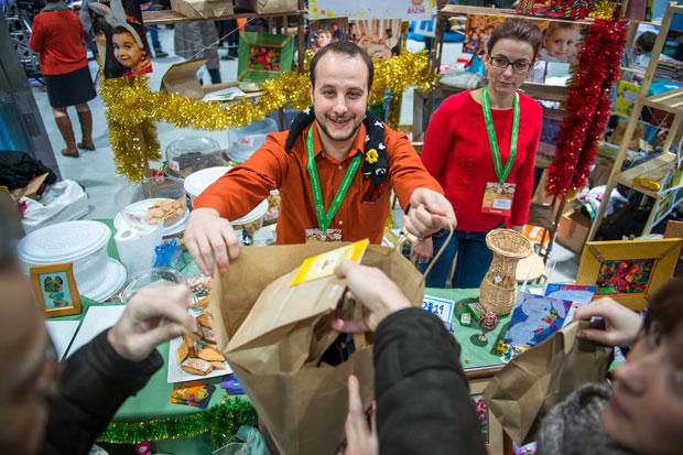 Душевный Bazar: советы и секреты от организаторов крупнейшей благотворительной новогодней ярмарки в России